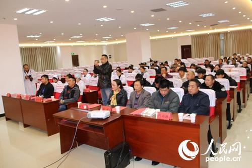 云南宣威:医院员工齐充电学消防安全知识