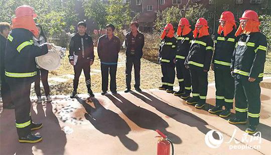 北京大兴消防支队发动微型消防站开展拉动演练工作