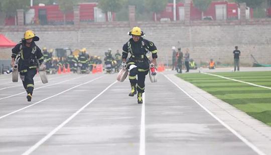 山东消防总队举行全省消防部队夏季训练第二次比武竞赛